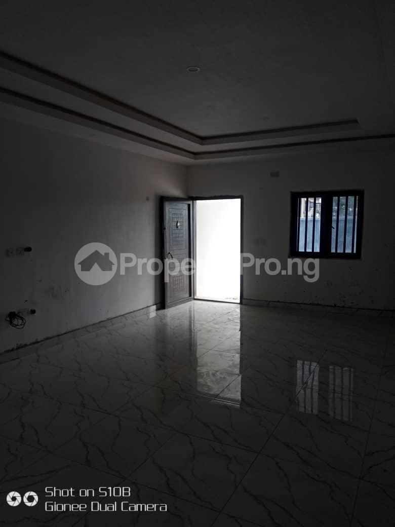 3 bedroom Terraced Duplex House for sale Thomas estate/ABRAHAM ADESANYA/  Graceland Estate Ajah Lagos - 2