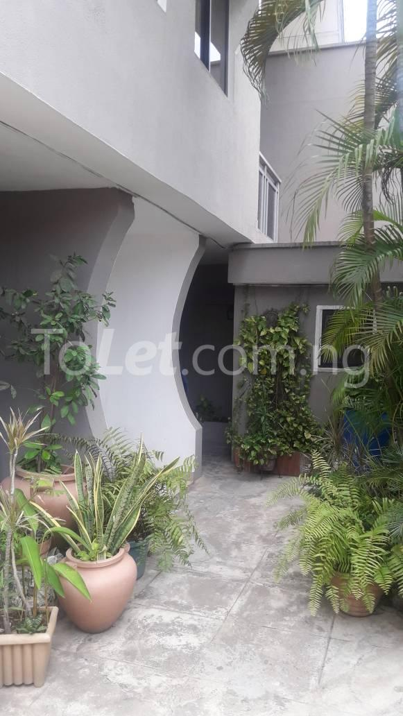 3 bedroom House for rent Mobolaji Johnson Estate, Lekki Phase 1 Lekki Lagos - 9