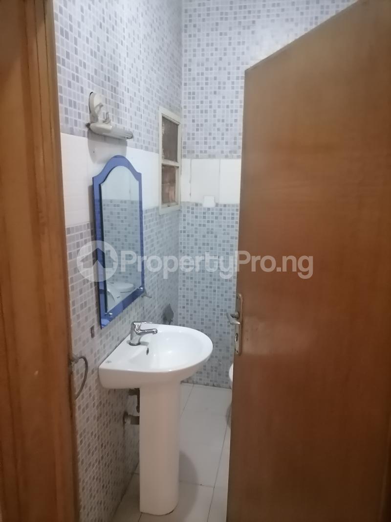 3 bedroom Blocks of Flats House for rent Shonibare estate Maryland Ikeja Lagos - 17