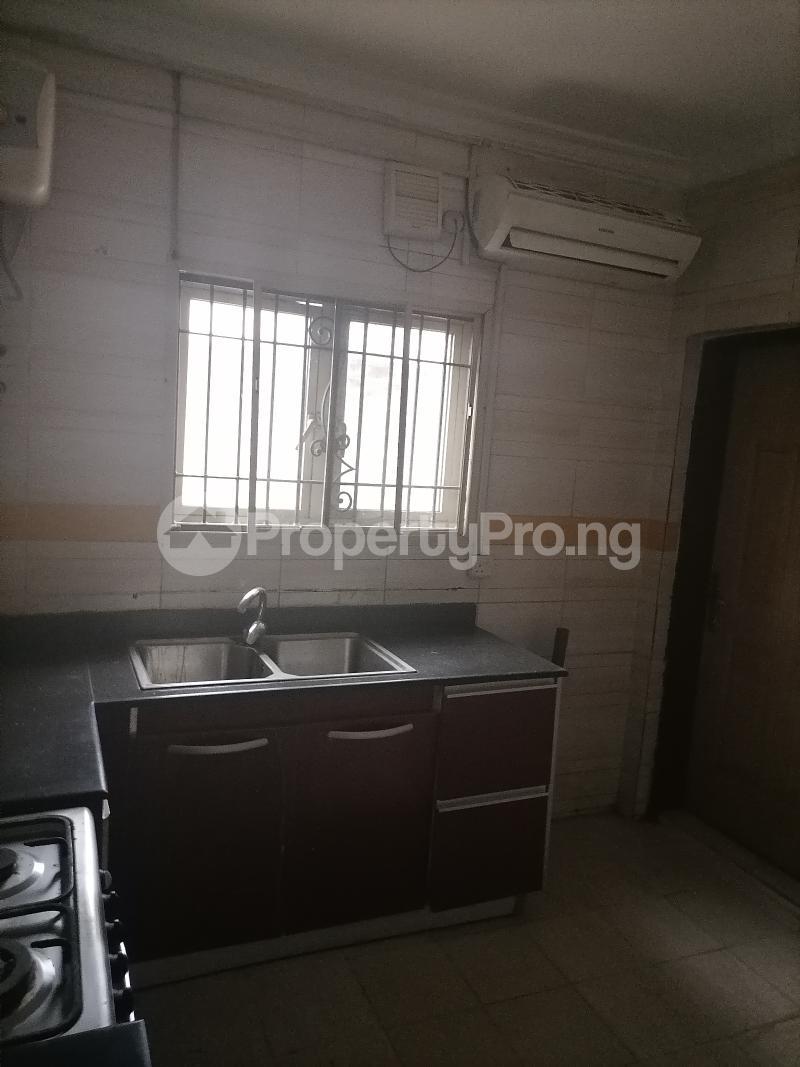 3 bedroom Blocks of Flats House for rent Shonibare estate Maryland Ikeja Lagos - 18