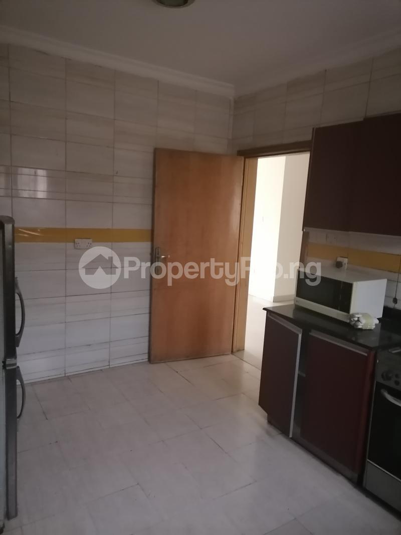 3 bedroom Blocks of Flats House for rent Shonibare estate Maryland Ikeja Lagos - 11