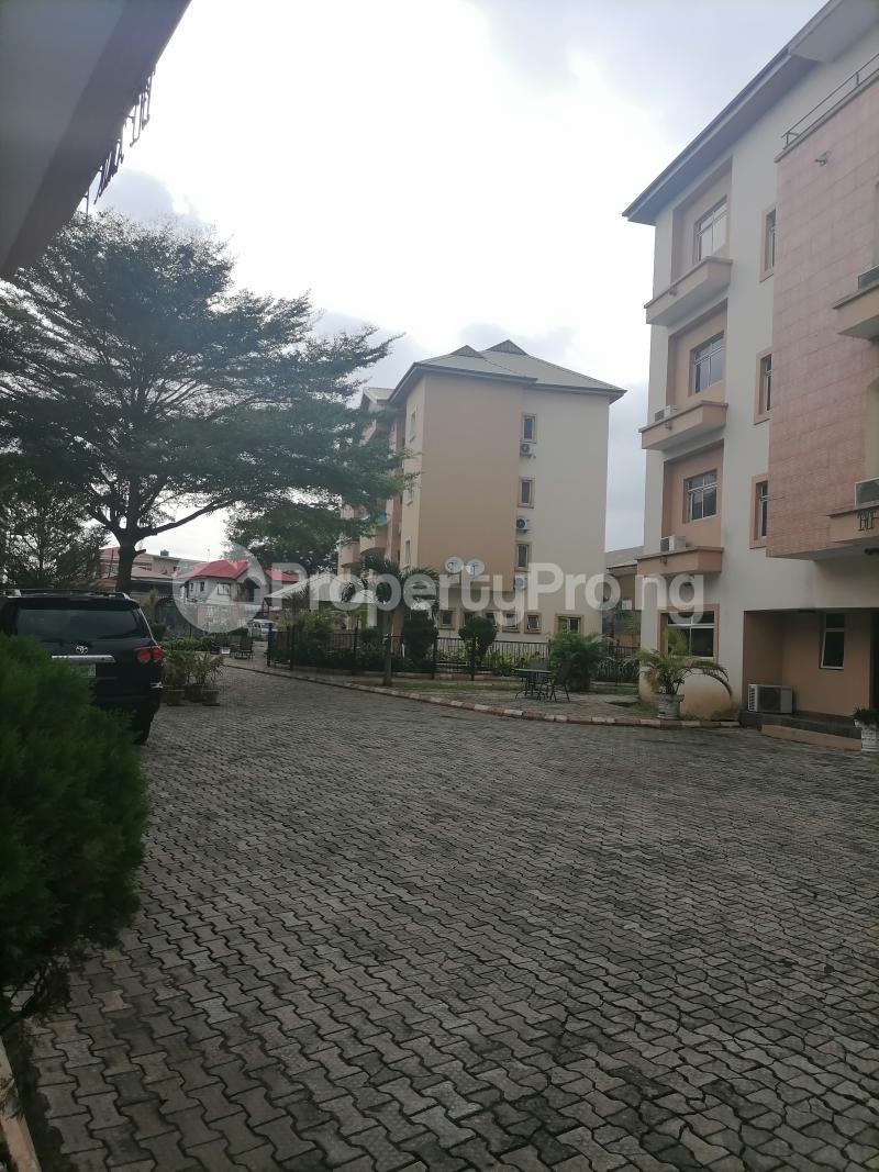 3 bedroom Blocks of Flats House for rent Shonibare estate Maryland Ikeja Lagos - 0