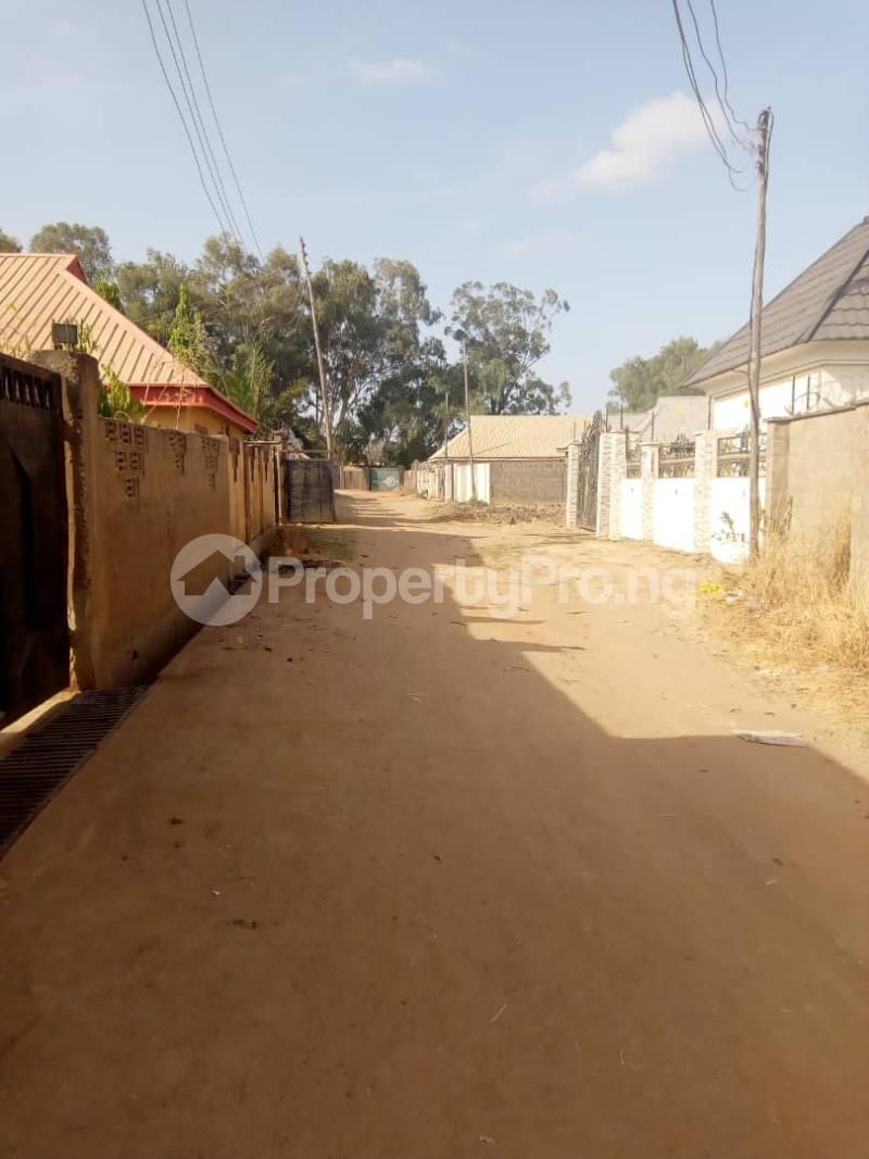 3 bedroom Detached Bungalow House for sale Behind general hospital sabo Chikun Kaduna - 4