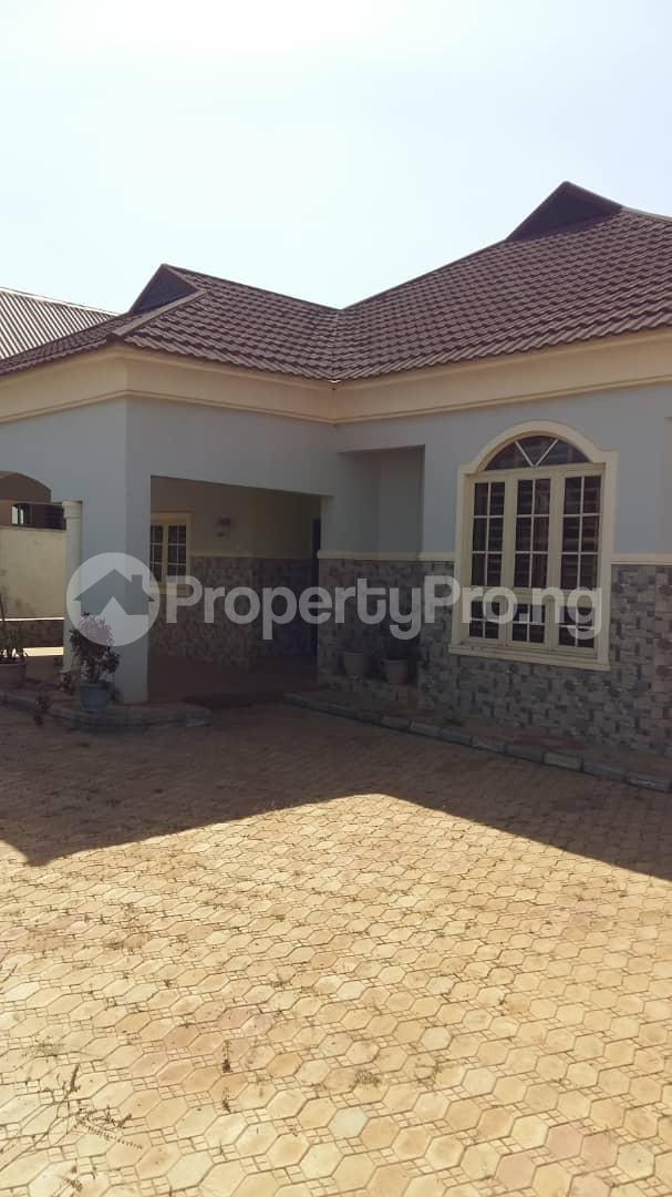 3 bedroom Detached Bungalow House for sale Highcost,Kaduna Kaduna South Kaduna - 0