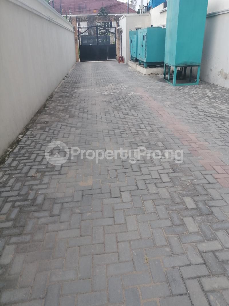 3 bedroom Blocks of Flats House for rent Bourdillon Ikoyi Lagos - 1