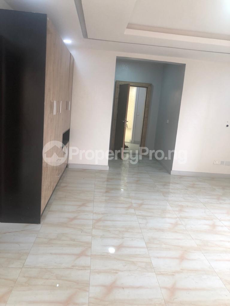 3 bedroom Self Contain for rent Victoria Island Lagos - 4