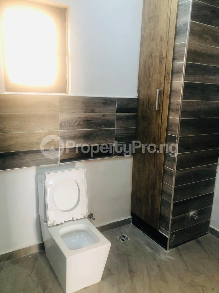 3 bedroom Self Contain for rent Victoria Island Lagos - 5
