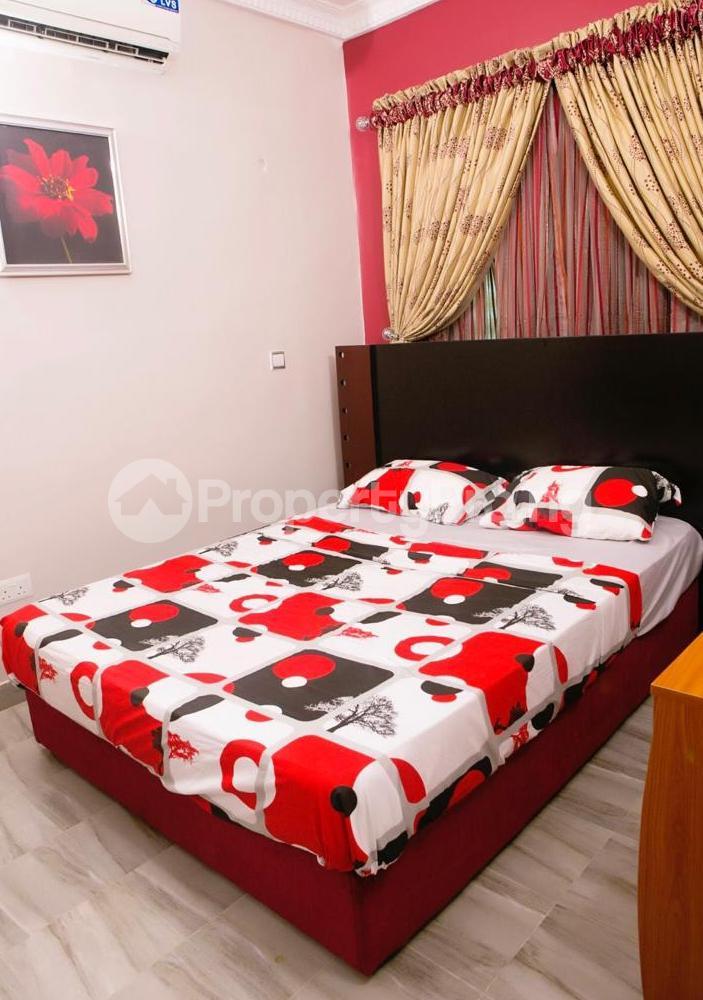 4 bedroom Blocks of Flats House for shortlet Ikate Elegunshi  Lekki Phase 2 Lekki Lagos - 3