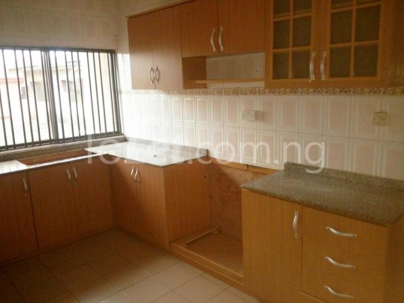 4 bedroom House for rent Peace Estate, Oregun Ikeja Lagos - 5