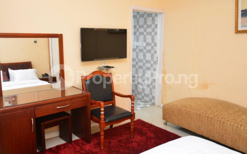 Shared Apartment for shortlet   Shonibare Estate Maryland Lagos - 1