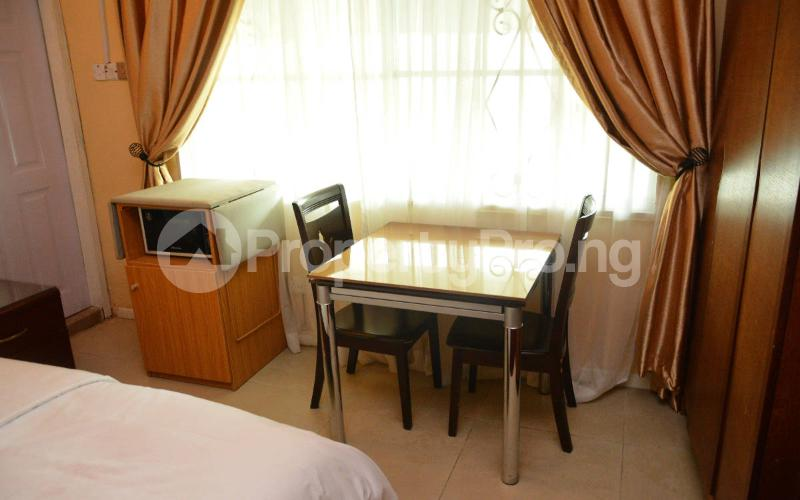 Shared Apartment for shortlet   Shonibare Estate Maryland Lagos - 7