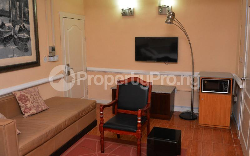 Shared Apartment for shortlet   Shonibare Estate Maryland Lagos - 8