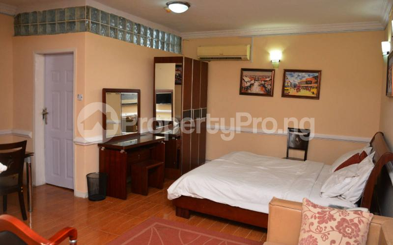 Shared Apartment for shortlet   Shonibare Estate Maryland Lagos - 6