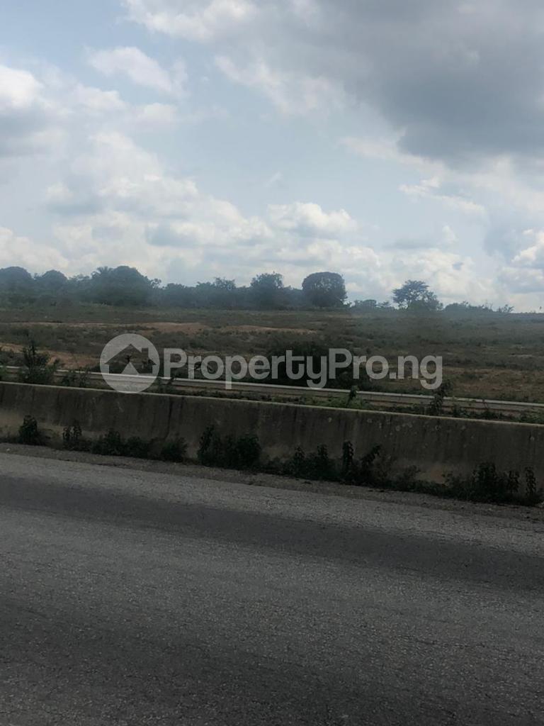 Residential Land for sale Oniyeye Area Ogbomosho Ilorin Expressway Ogbomosho Oyo - 1