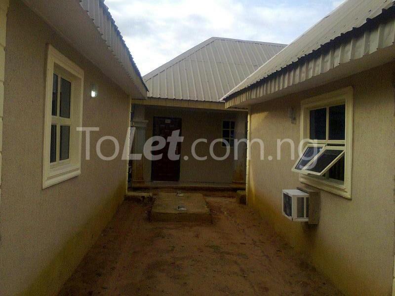 10 bedroom Commercial Property for sale Ulogbo Town Oredo Edo - 3