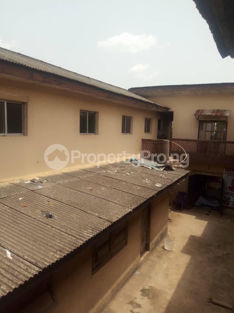 Co working space for sale No2, Olunloyo Street along old Lagos road new garage ibadan Ibadan Oyo - 5