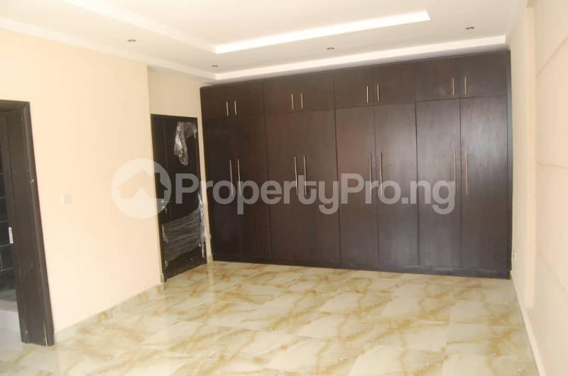 4 bedroom Semi Detached Duplex House for rent Lekki Phase 2 Lekki Lagos - 8