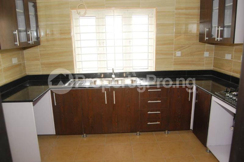 4 bedroom Semi Detached Duplex House for rent Lekki Phase 2 Lekki Lagos - 6