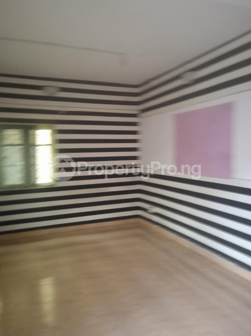 3 bedroom Flat / Apartment for rent Baiye Kilo-Marsha Surulere Lagos - 5