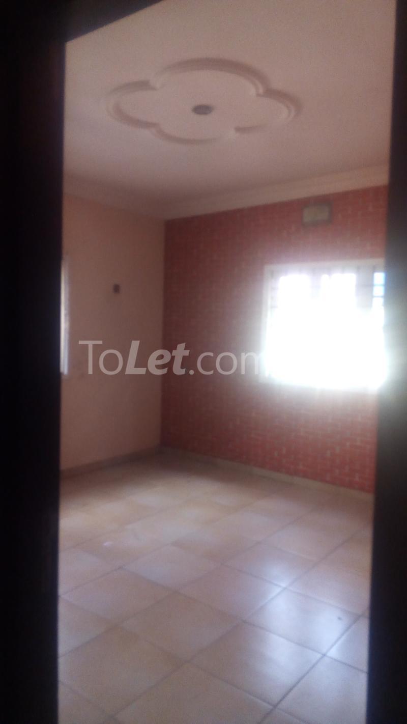 3 bedroom Flat / Apartment for rent Agiwe Graceland Estate Ajah Lagos - 16