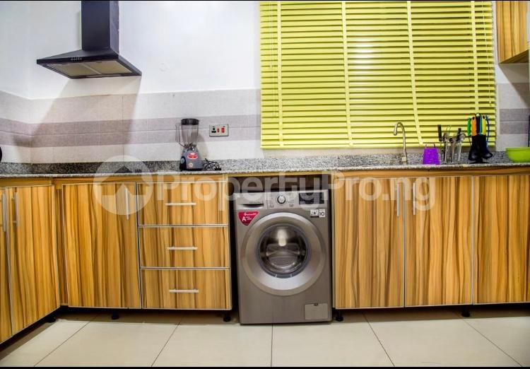 3 bedroom Flat / Apartment for shortlet Ikate,Lekki, Lagos  Ikate Lekki Lagos - 9