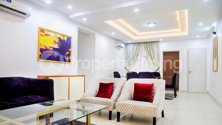 3 bedroom Flat / Apartment for shortlet Ikate,Lekki, Lagos  Ikate Lekki Lagos - 2