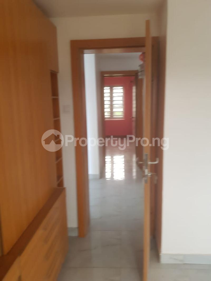 3 bedroom Flat / Apartment for sale Secured Estate Off Western Avenue Alaka/Iponri Surulere Lagos - 3
