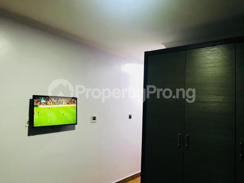 3 bedroom Flat / Apartment for shortlet Off Admiralty way, Lekki phase1  Lekki Phase 1 Lekki Lagos - 20