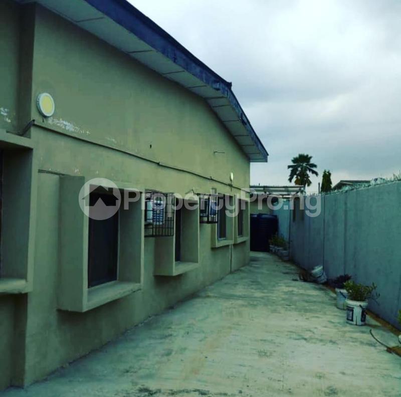 3 bedroom Detached Bungalow House for rent Shomade Crescent Adeniran Ogunsanya Surulere Lagos - 5