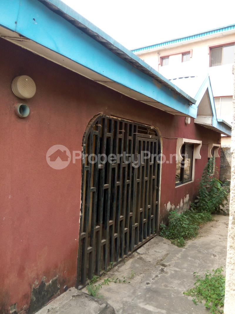3 bedroom Shared Apartment Flat / Apartment for sale Martins estate akute via Ojodu berger Yakoyo/Alagbole Ojodu Lagos - 0