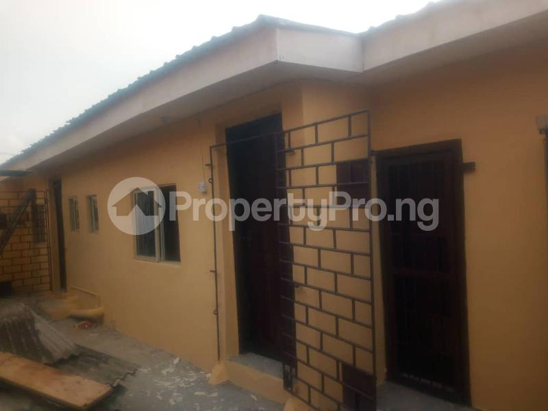 3 bedroom Detached Bungalow House for rent . Surulere Lagos - 8