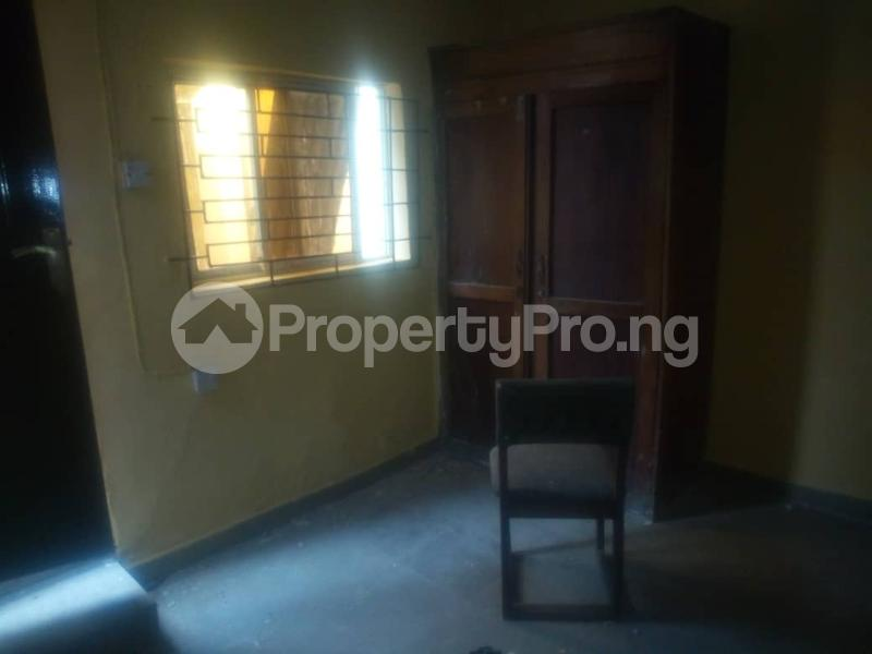 3 bedroom Detached Bungalow House for rent . Surulere Lagos - 9
