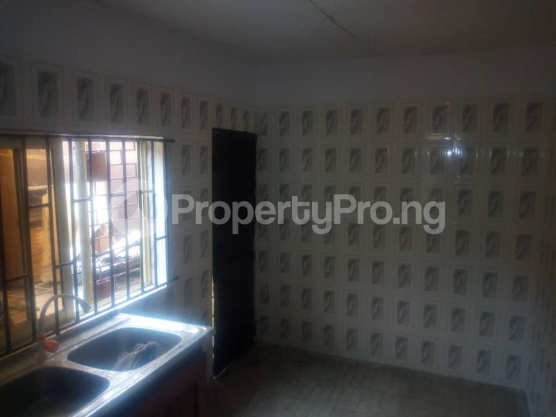 3 bedroom Detached Bungalow House for rent . Surulere Lagos - 3