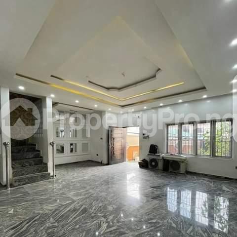 3 bedroom Blocks of Flats for rent Awoyaya Ajah Lagos - 6