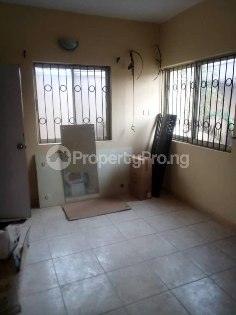 3 bedroom Blocks of Flats House for rent Bee Sam  Airport Road Oshodi Lagos - 3
