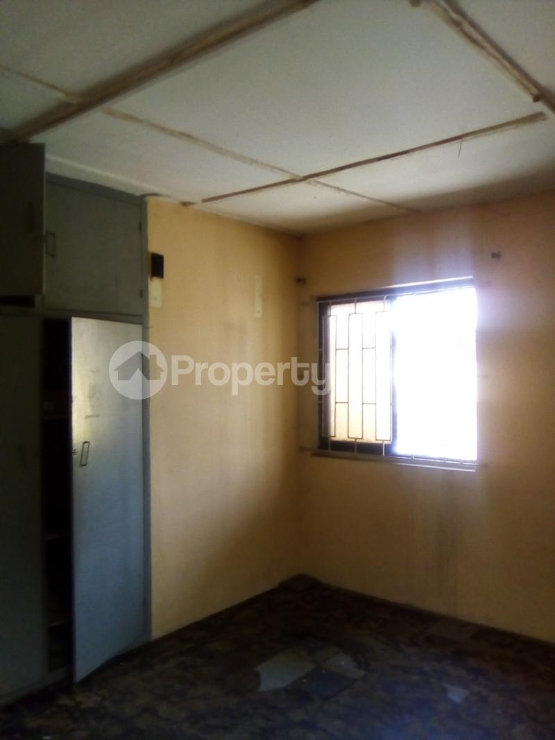 3 bedroom Flat / Apartment for rent Peace Estate Off Brown Road Aguda Surulere Lagos - 4