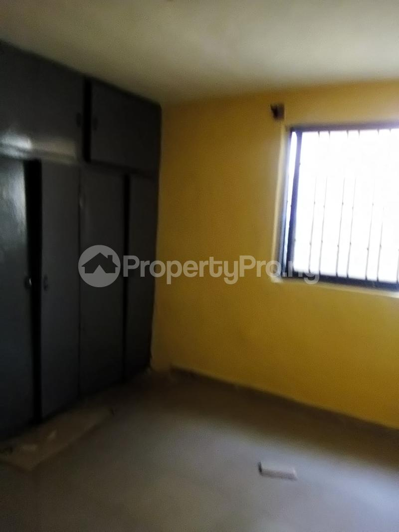 3 bedroom Flat / Apartment for rent Peace Estate Off Brown Road Aguda Surulere Lagos - 6