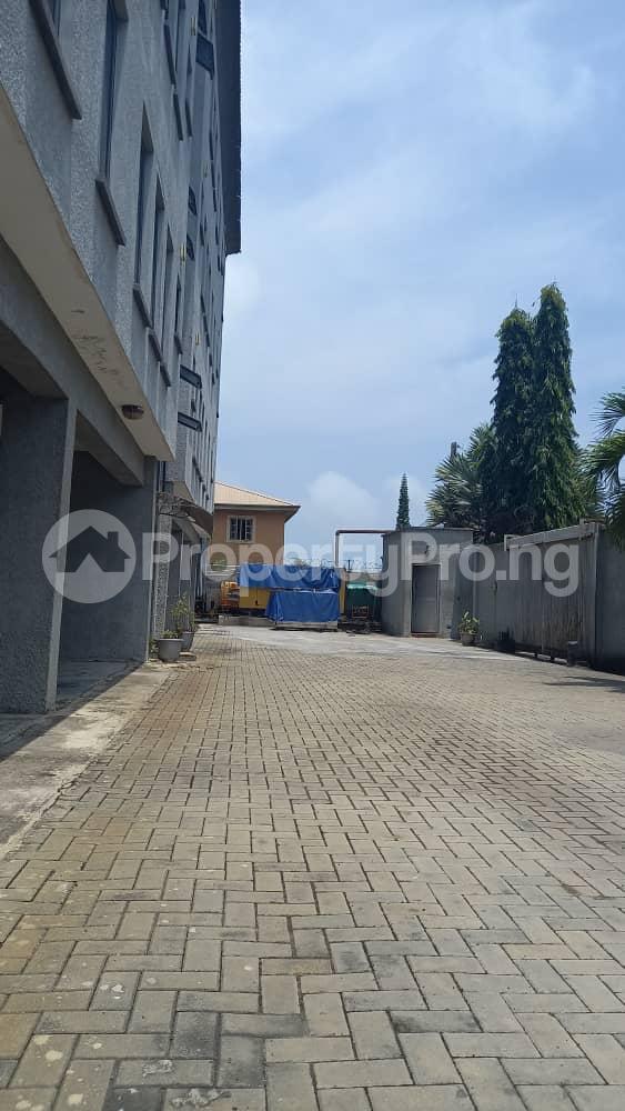 3 bedroom Flat / Apartment for rent Atlantic view estate off Alpha Beach road  Igbo-efon Lekki Lagos - 6