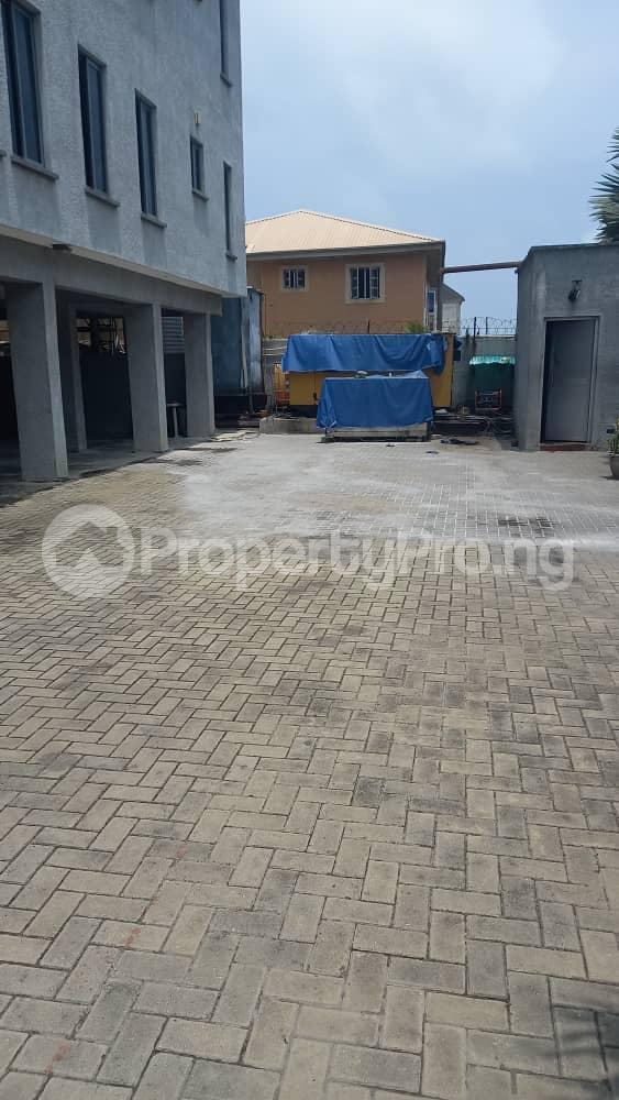 3 bedroom Flat / Apartment for rent Atlantic view estate off Alpha Beach road  Igbo-efon Lekki Lagos - 5