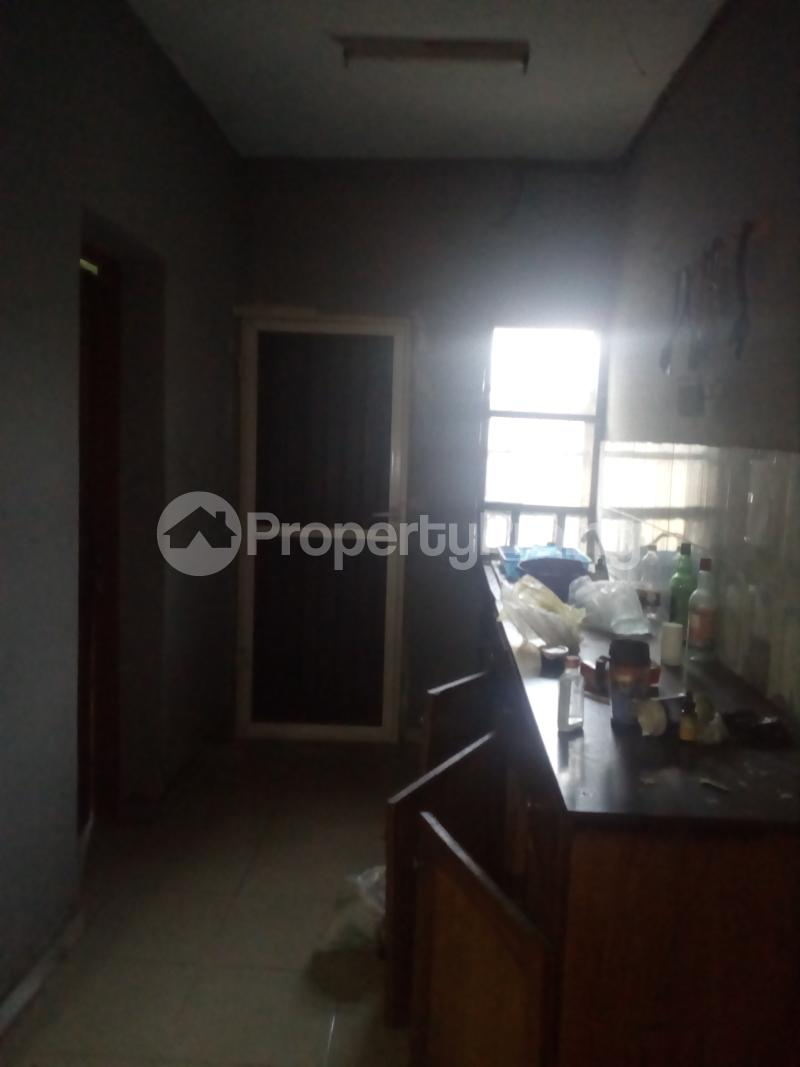 3 bedroom Self Contain Flat / Apartment for rent James island off chief Natufe Bab Animasaun  Bode Thomas Surulere Lagos - 5