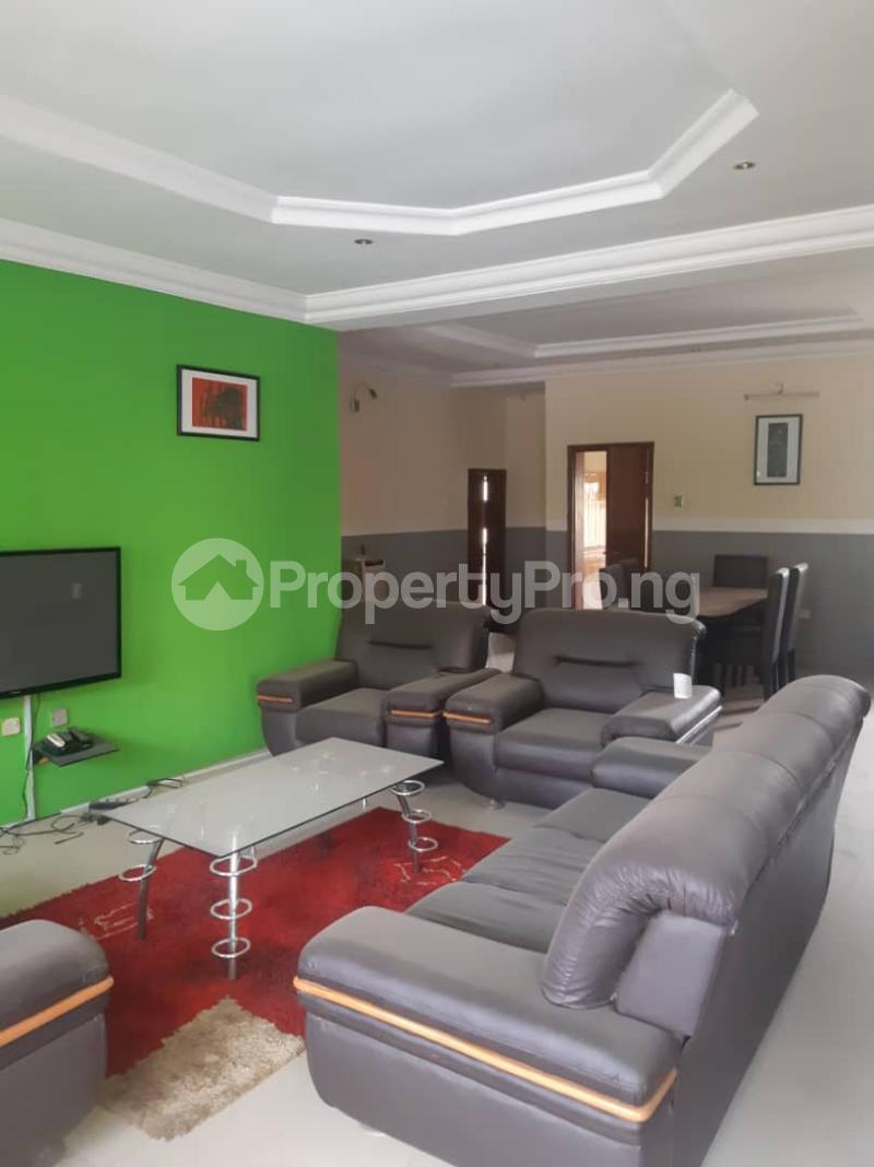 3 bedroom House for rent Derin Court Onireke Jericho Ibadan Oyo - 2