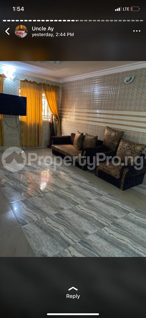 3 bedroom Flat / Apartment for shortlet Along Akala Express Akala Express Ibadan Oyo - 5