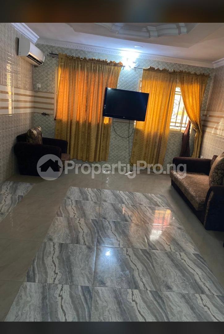 3 bedroom Flat / Apartment for shortlet Along Akala Express Akala Express Ibadan Oyo - 9
