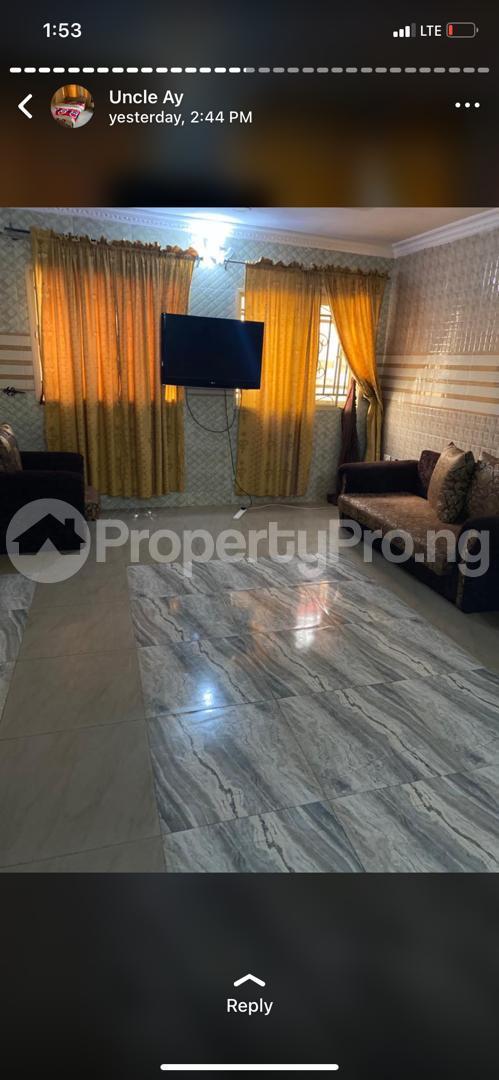 3 bedroom Flat / Apartment for shortlet Along Akala Express Akala Express Ibadan Oyo - 2