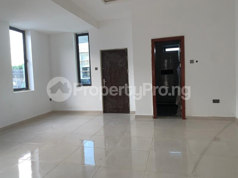 3 bedroom Flat / Apartment for rent Off palace road  ONIRU Victoria Island Lagos - 13