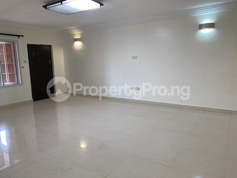 3 bedroom Flat / Apartment for rent Off palace road  ONIRU Victoria Island Lagos - 2