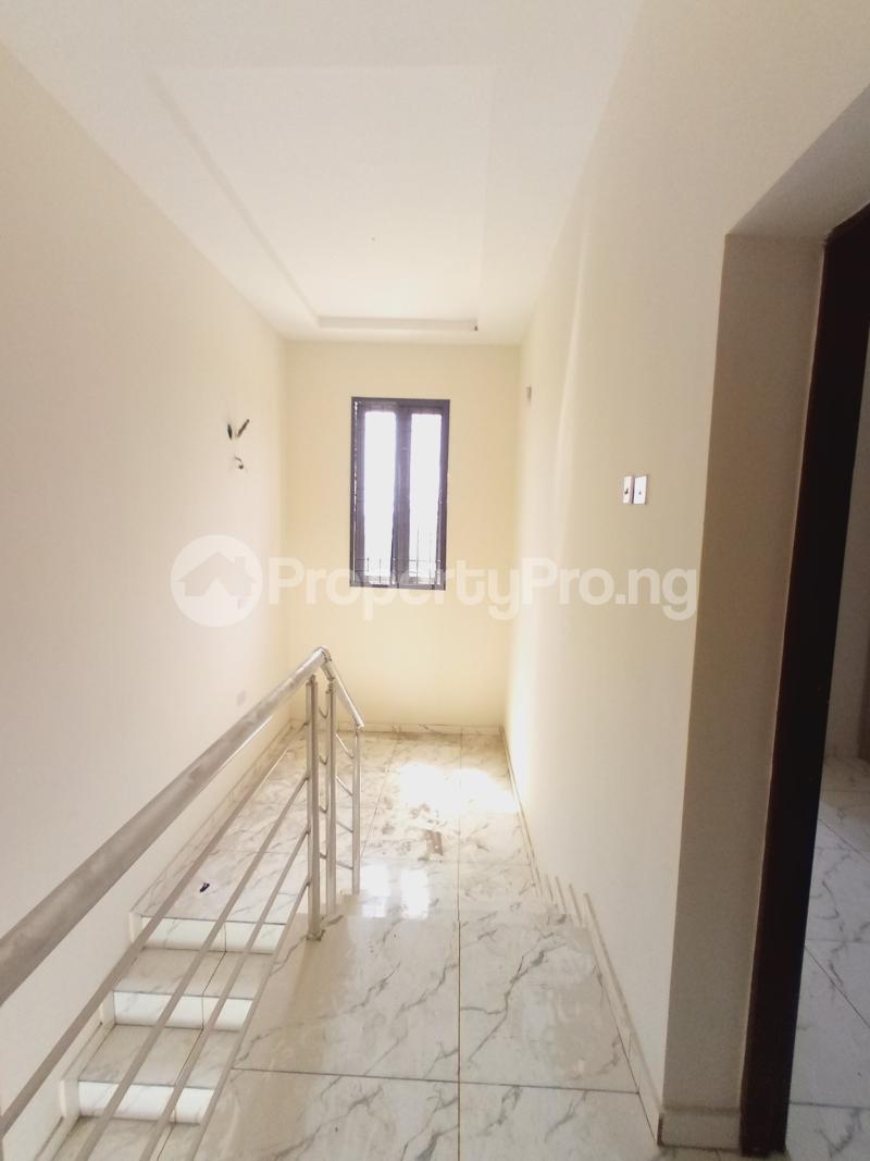 3 bedroom Terraced Duplex for sale 2nd Toll Gate Chevron chevron Lekki Lagos - 3