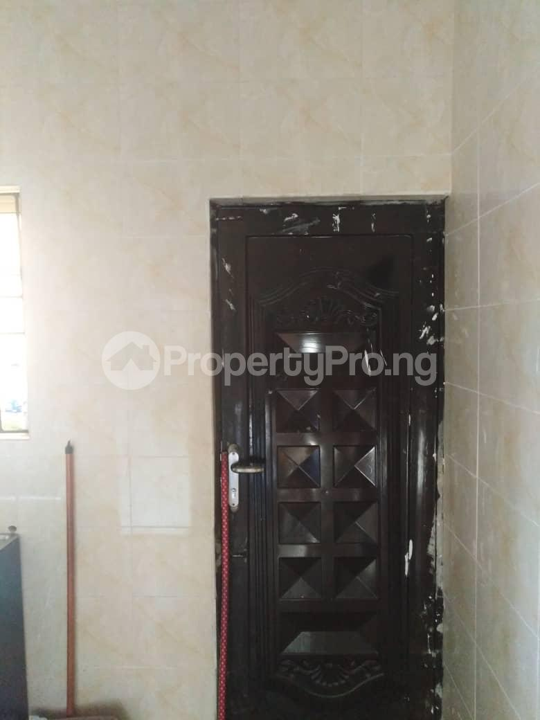 3 bedroom Semi Detached Duplex House for rent Yomi balogun estate, 5mins drive after bogije Abijo Ajah Lagos - 3