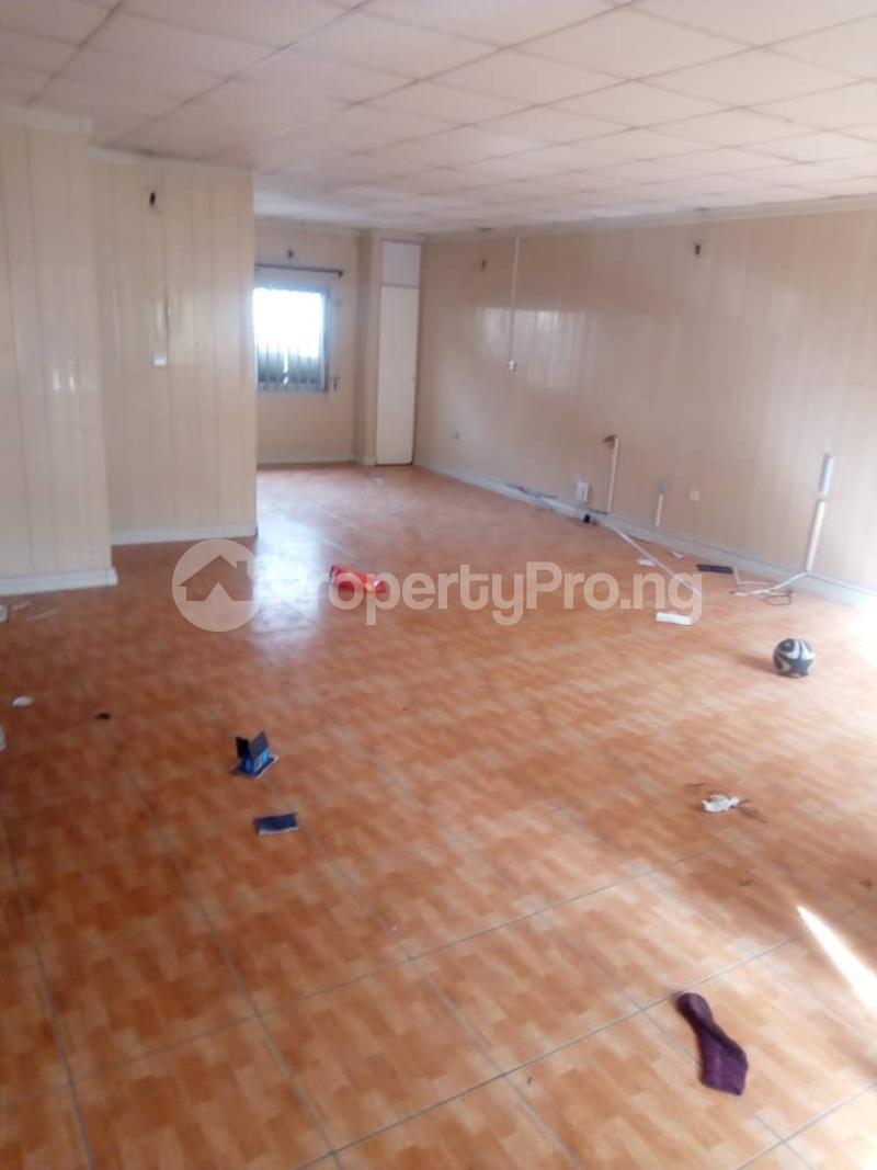 3 bedroom Terraced Duplex House for sale Royal Estate Phase 1 Bode Thomas Surulere Lagos - 2