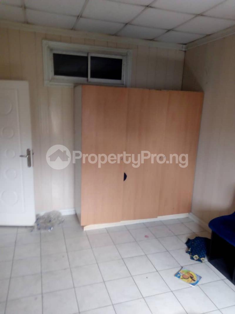 3 bedroom Terraced Duplex House for sale Royal Estate Phase 1 Bode Thomas Surulere Lagos - 7